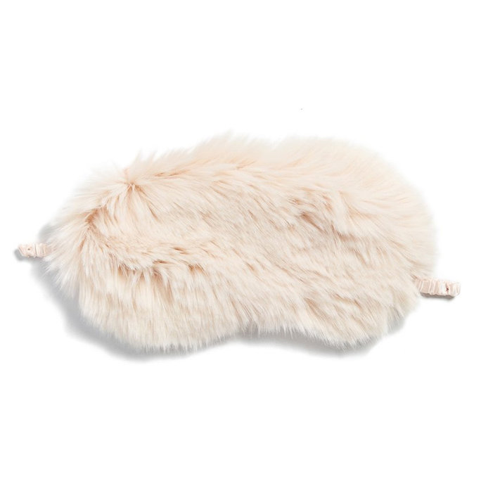 <p>Faux Fur Eye Mask</p>