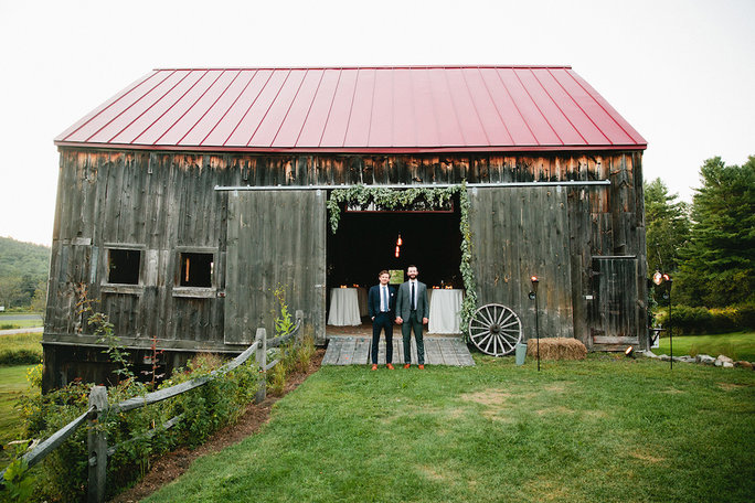 <p>Perfect for a barn celebration.</p>