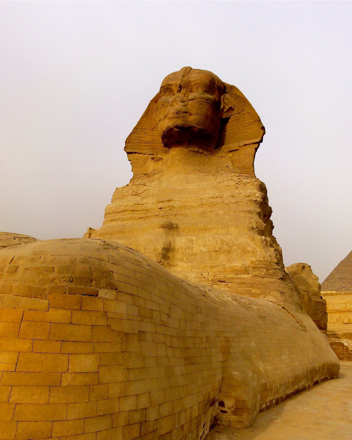 <p>Sphinx and Pyramids of Giza</p>