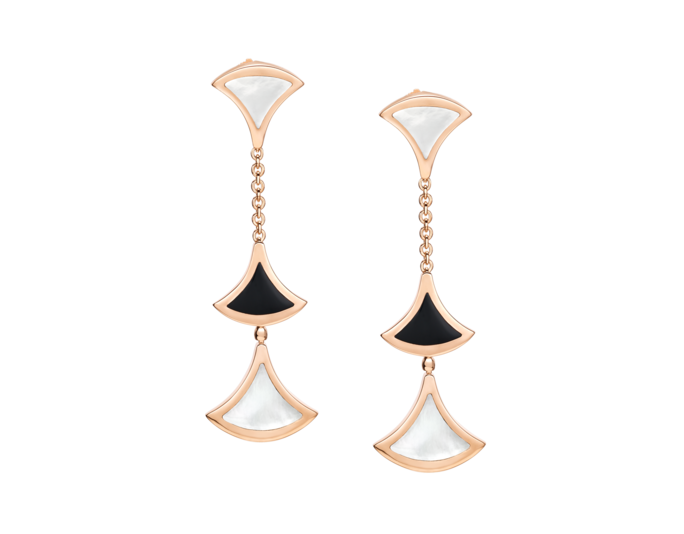 <p>Divas' Dream Earrings</p>