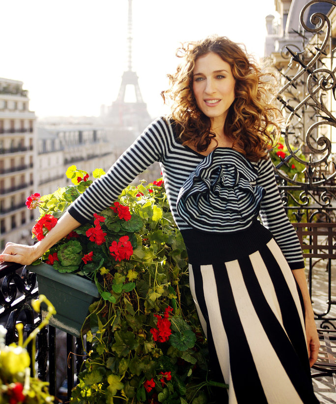 Style Lessons from Carrie Bradshaw - LEAD