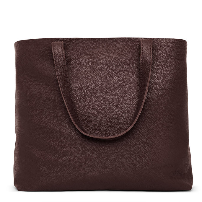 <p>Cuyana Classic Leather Tote</p>