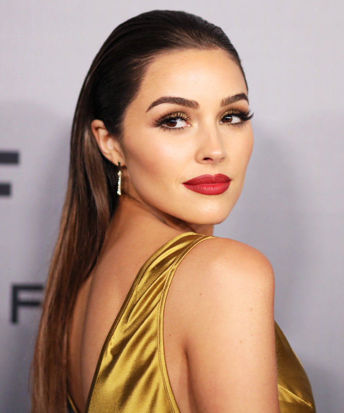Olivia Culpo Created This Year's Golden Globes Cocktail—and We've Got the Recipe