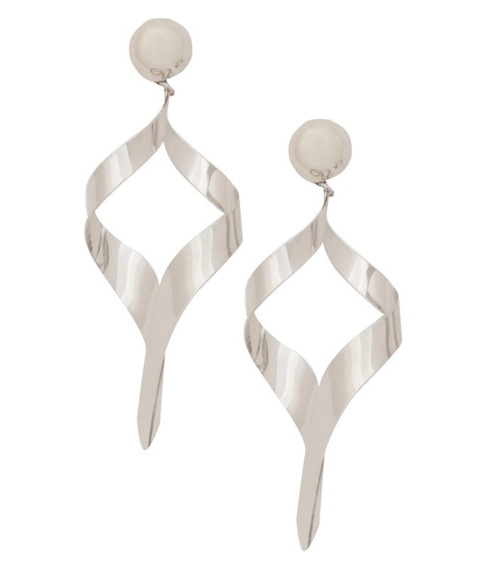 <p>MANGO EARRINGS</p>