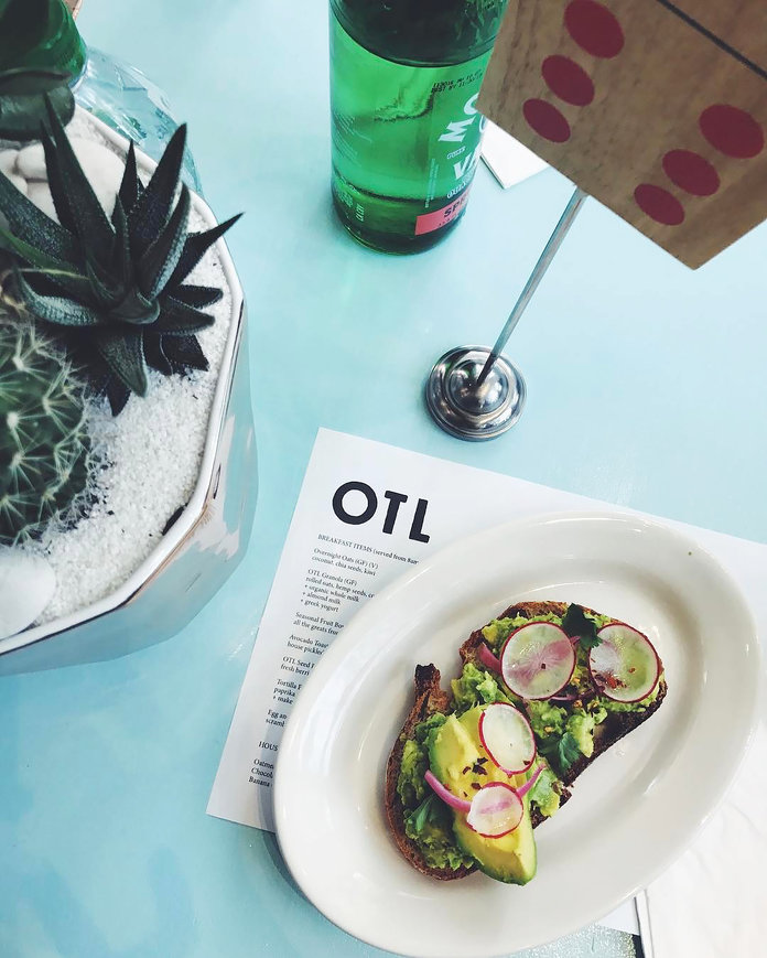 Hannah Bronfman Proves That Avocado Toast Is Still Alive and Well