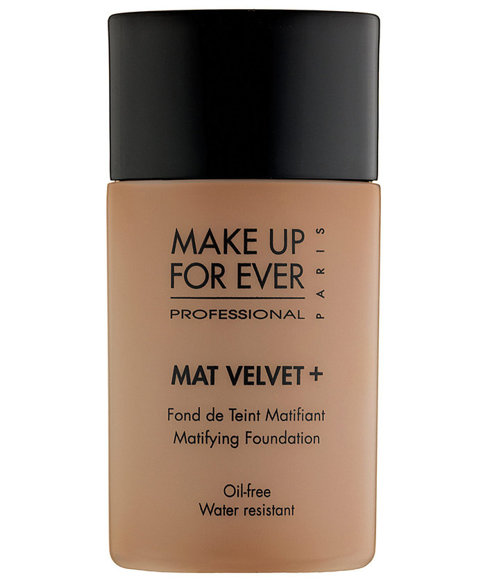 <p>MAKE UP FOR EVER Mat Velvet + Mattifying Foundation</p>