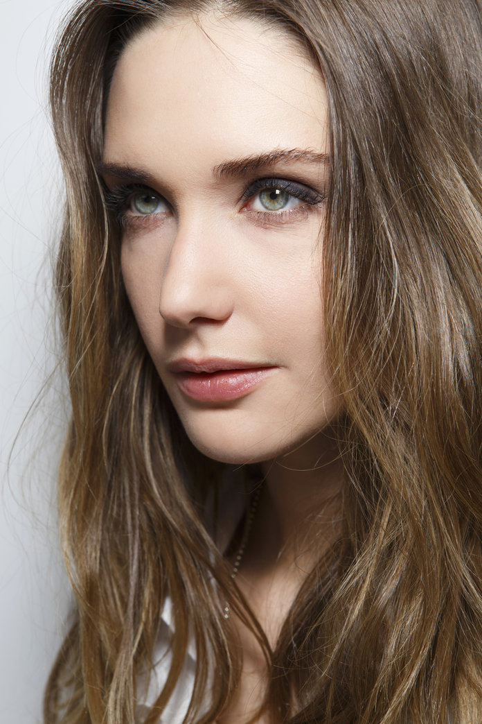 Best Foundation For Dry Skin: 10 To Help You Achieve A Flawless Finish