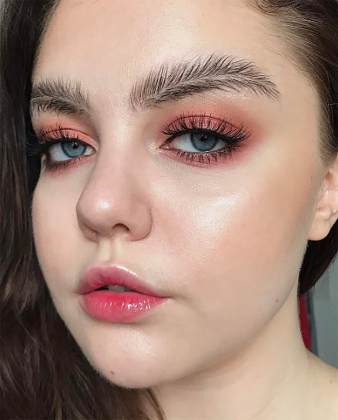 Love Them Or Hate Them,Feather Brows Are The Latest InstaBeauty Trend