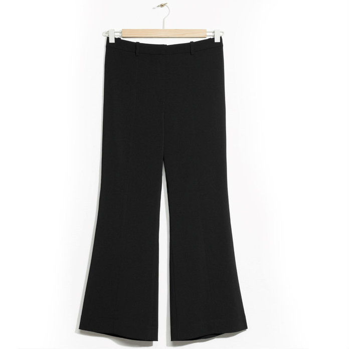 <p>cropped trousers</p>