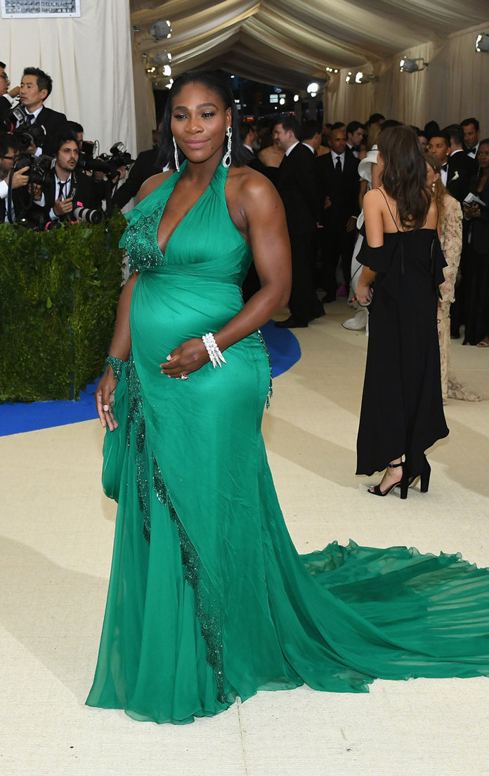 Serena Williams S Best Maternity Looks Instyle Com