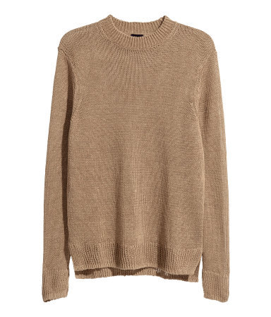 <p>KNIT SWEATER</p>