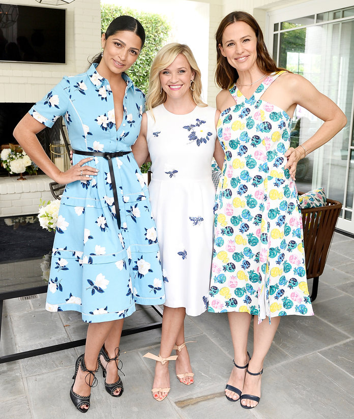 <p>Reese Witherspoon, Camila Alves, and Jennifer Garner </p>