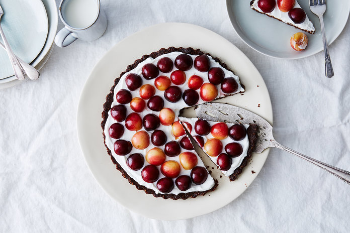 <p>SWEET: YOGURT AND BERRY TART WITH A PECAN CRUST </p>