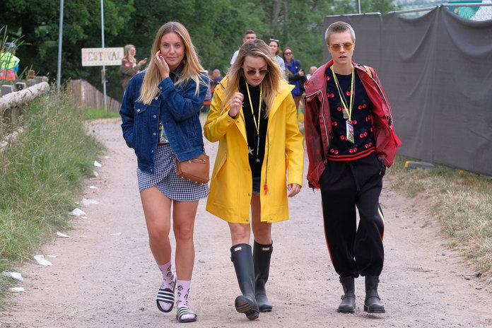 The Looks of Celebrities at Glastonbury 2009: a Festival Style