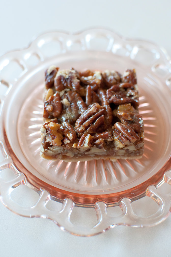 These Pecan Squares Get aHealthy UpdateThanks to a FewIngredient Swaps