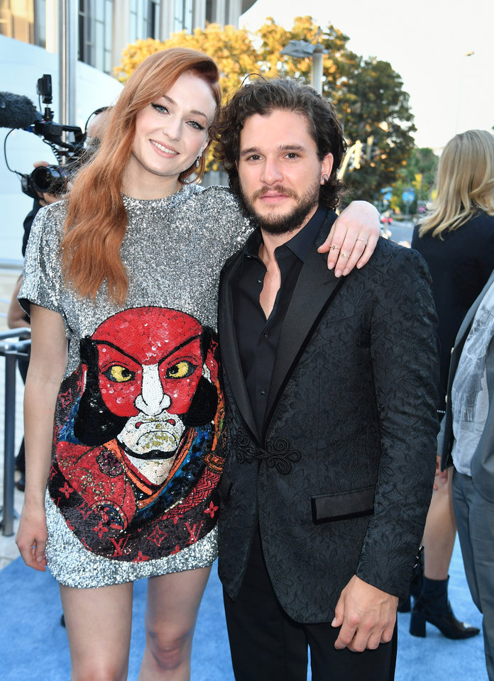 The <em>Game of Thrones</em> Cast Brought the Heat to the Icy Blue Carpet at the Season 7 Premiere