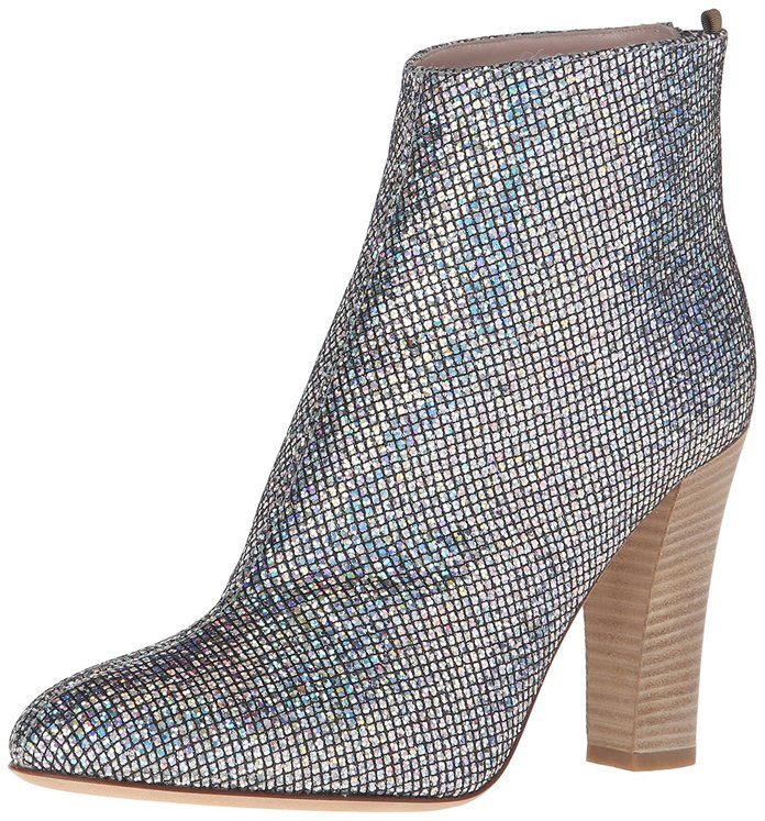 <p>SJP BY SARAH JESSICA PARKER ANKLE BOOTIES</p>