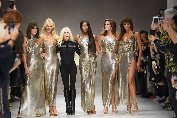 The Original Supers Show The Newbies How IT IS DONE At Versace