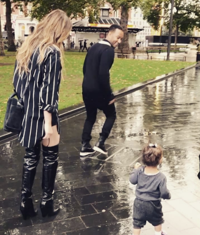 <p>When they spent a rainy day with Luna</p>