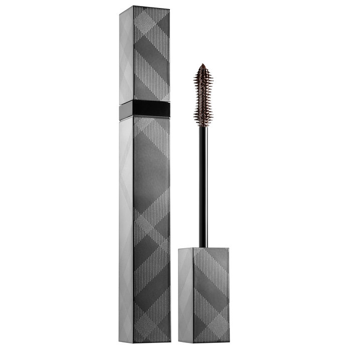 <p>Blue Eyes: Burberry Cat Lashes Mascara In Chestnut Brown</p>
