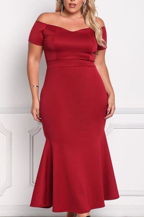 <p>DebShop's Off-the-Shoulder Mermaid Maxi Gown</p>