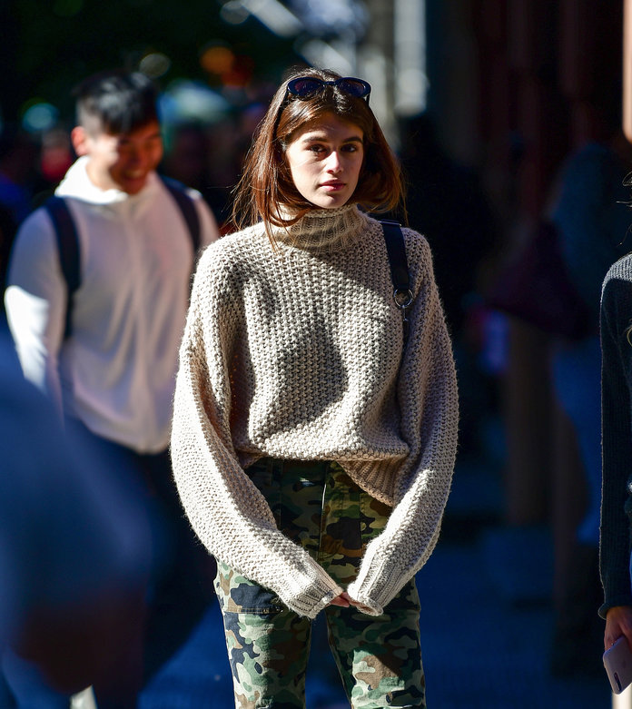 Kaia Gerber's Chic Jumper Will Go With <em>Everything</em> And It's From H&M