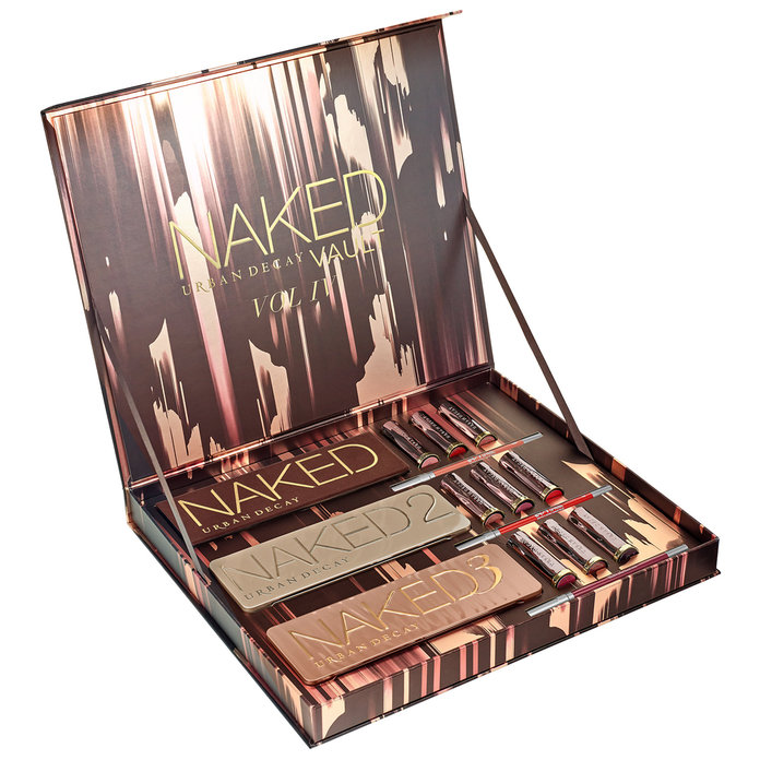 <p>Urban Decay Naked Vault Volume IV </p>