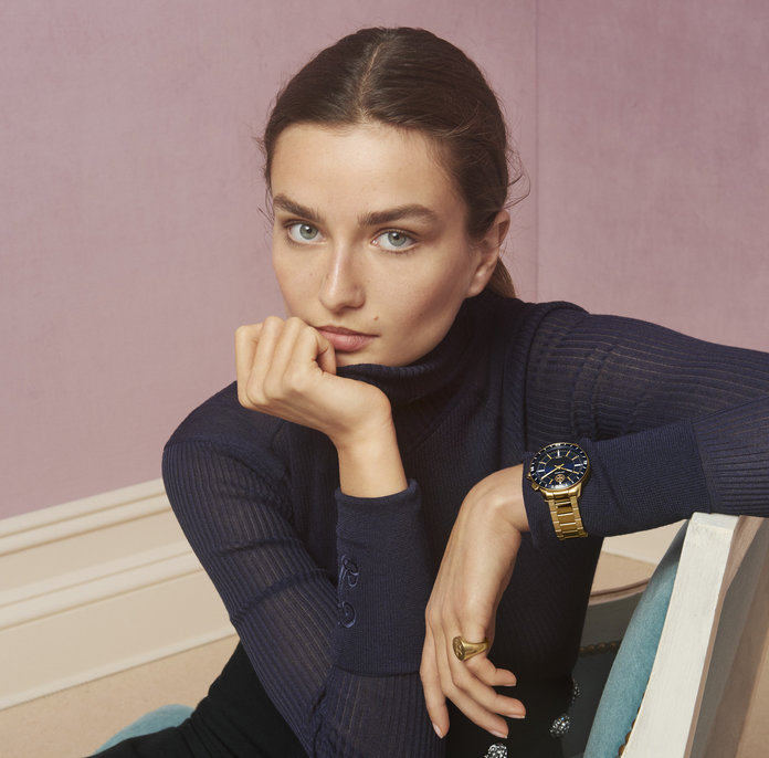 Tory Burch smartwatch embed