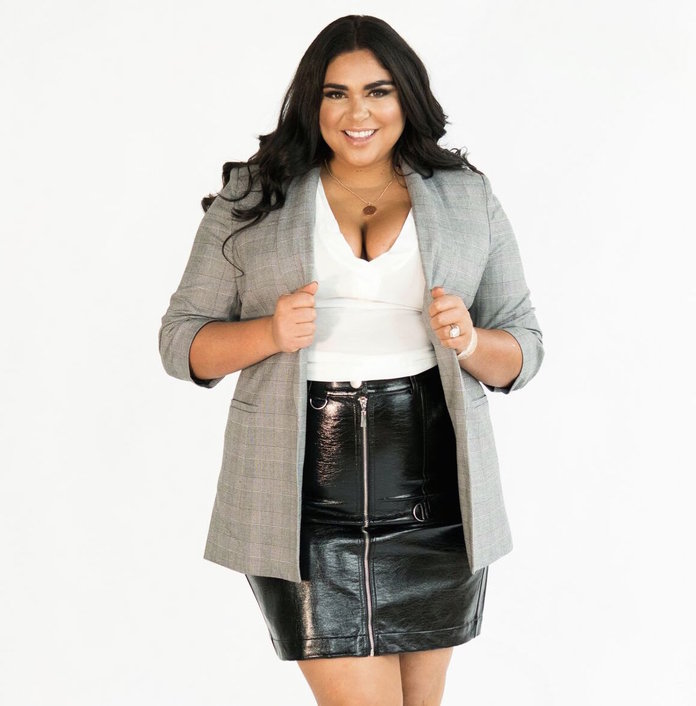 4 Curvy Outfit IdeasFrom Stylish<em>Real Housewives </em>StarRoxy Earle