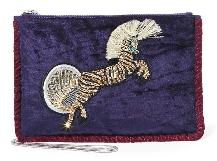 <p>A statement clutch to pair with jeans and eveningwear by Steve madden</p>