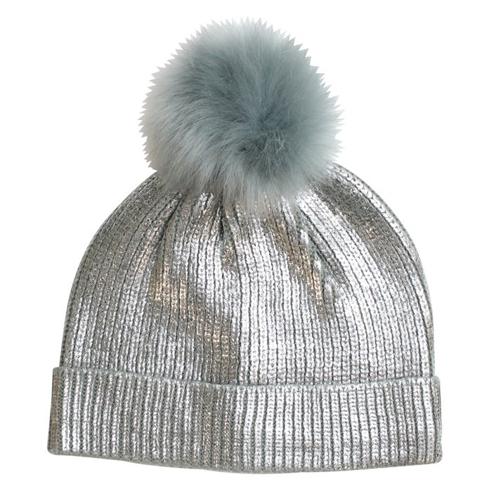 <p>FROSTY pom-pom hat for frosty days by Eloquii</p>