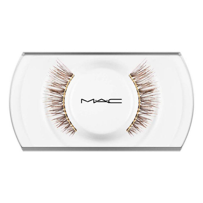 <p>Snow Ball False Lashes</p>