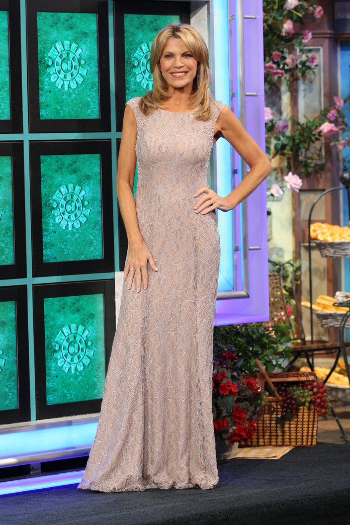 Vanna White Has Worn More Than 6500 Gowns On Wheel Of -5114