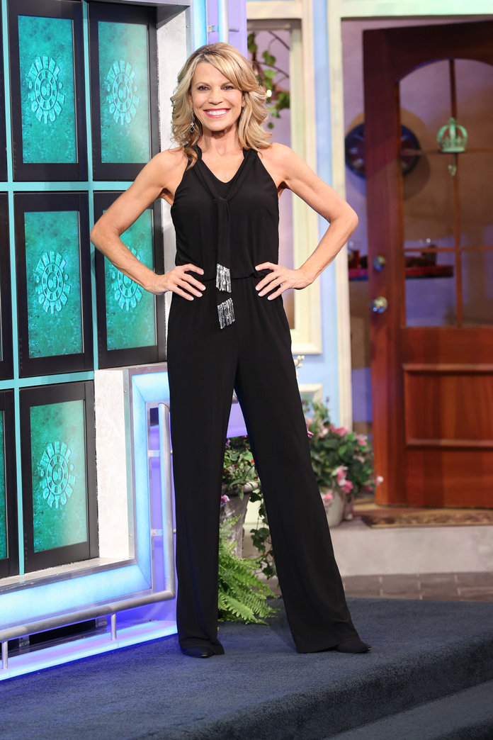 Vanna White Has Worn More Than 6500 Gowns on 'Wheel of ...