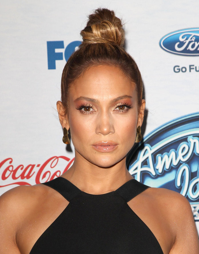 Jennifer Lopez and Alex Rodriguez could surprise us with a holiday engagement