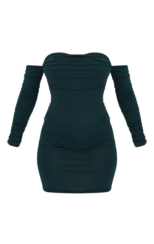 <p>Emerald Ruched Dress</p>
