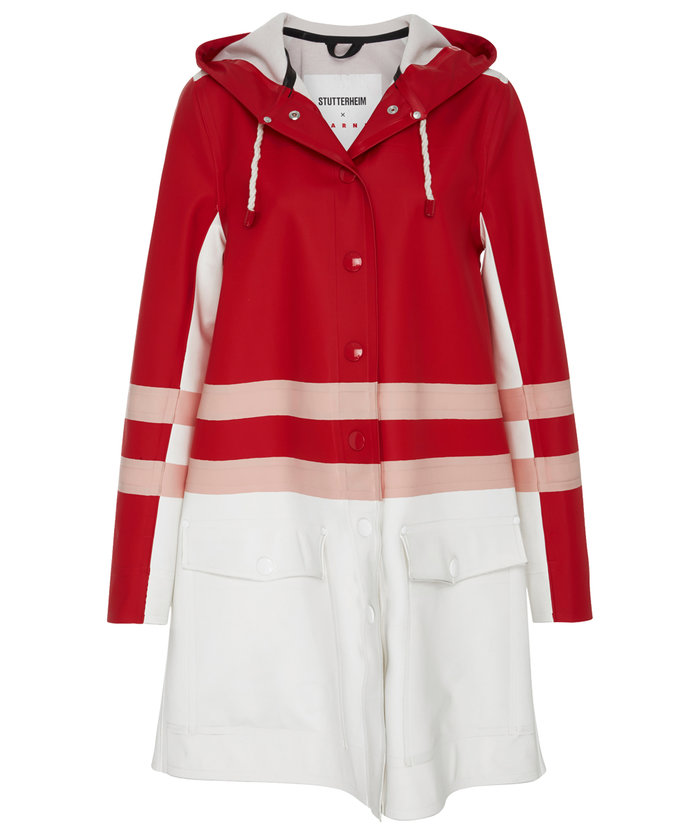 <p>STRIPED RAINCOAT</p>