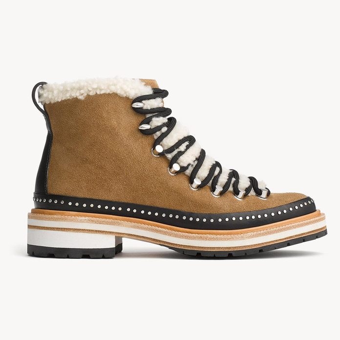 <p>SUEDE AND SHEARLING LACE-UP ANKLE BOOTS</p>