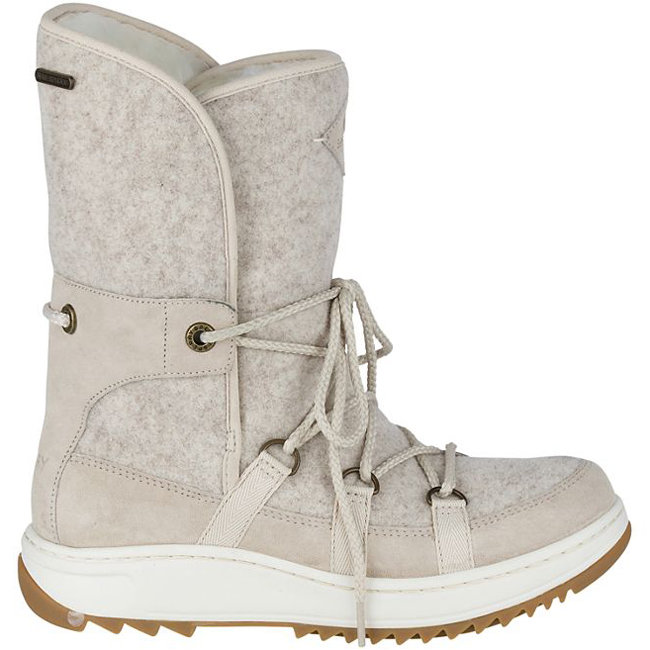 <p>POWDER ICECAP WITH THINSULATE BOOTS</p>