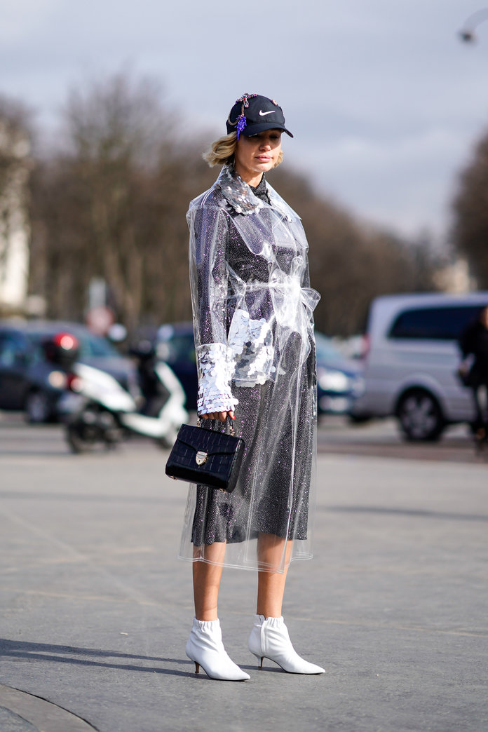 Edward Berthelot Getty Images. But what s up with these Chanel bucket rain  hats  fadda4154cd