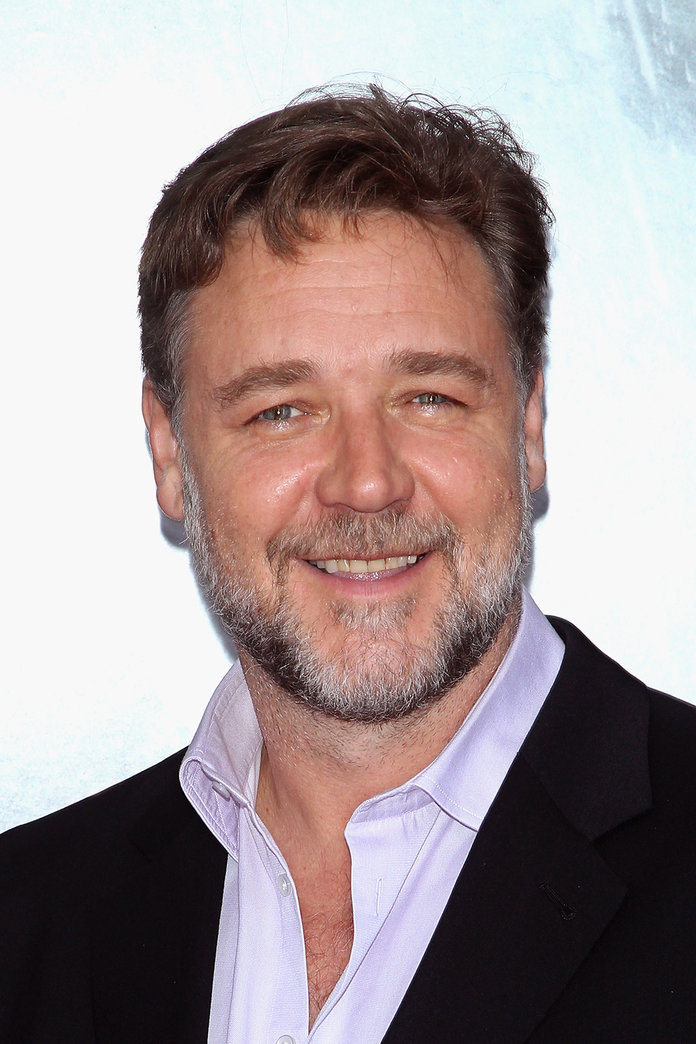 Russell Crowe Is Selling His Undies In 'Divorce Auction'
