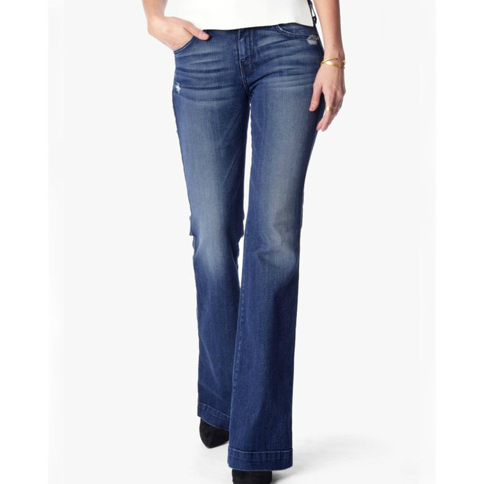 cc18d12d30e3a A Guide to the Best Jeans for Petite Women