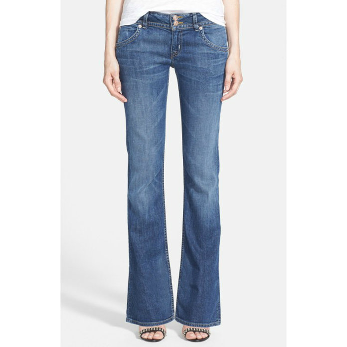 A Guide to the Best Jeans for Petite Women  8e63b714ca
