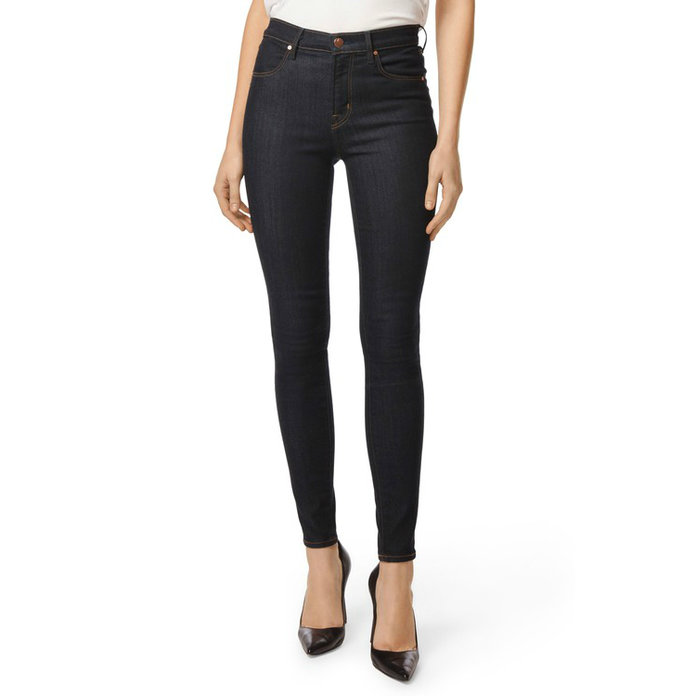 f01000359a44f2 A Guide to the Best Jeans for Petite Women | InStyle.com
