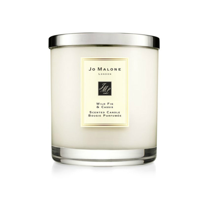 <p>Luxury Candle</p>