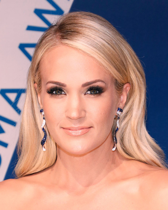 Carrie Underwood - Lead