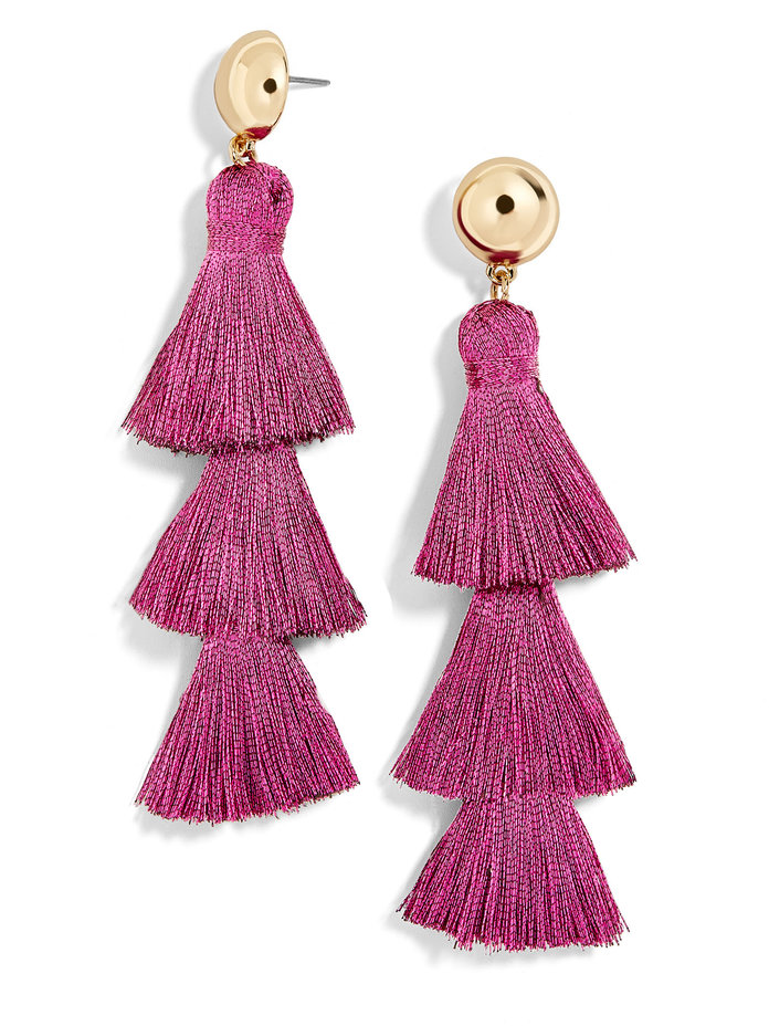 <p>Tassel Drop Earrings in Pink</p>