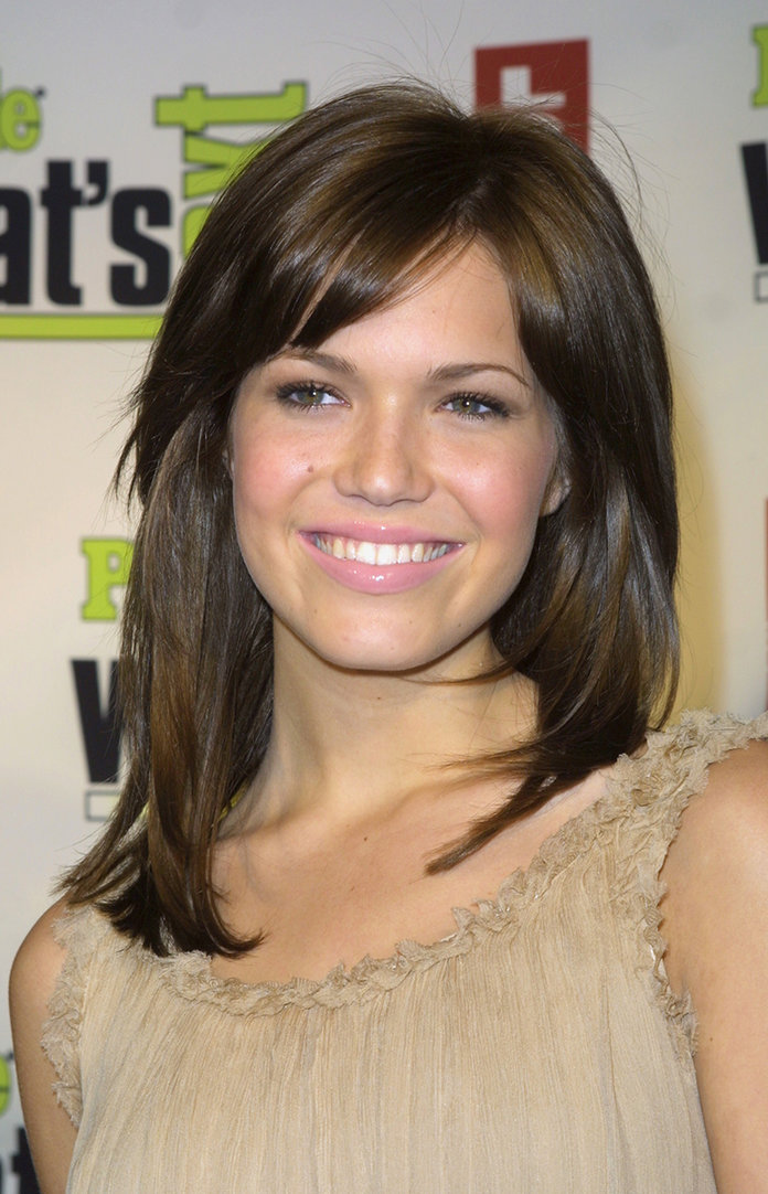 Mandy Moore Bangs - Embed