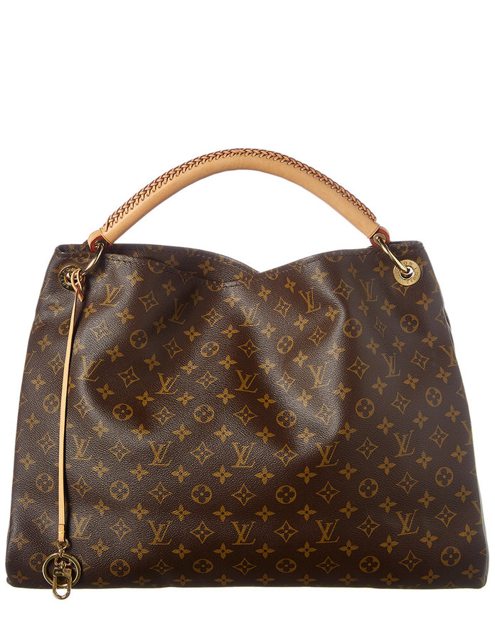 21a21216214e There are More Than 400 Louis Vuitton Bags Hiding on this Secret ...