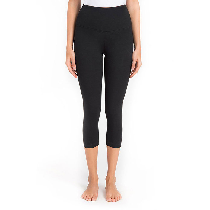 Lyssé Control-Top High-Waist Capris